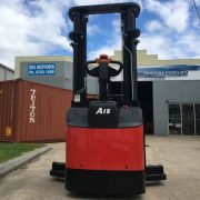 1.6 Tonne Electric Reach Stacker