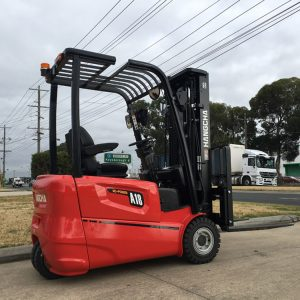 1.8 Tonne 3-wheel electric forklift