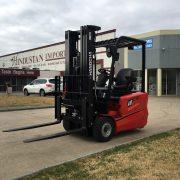 1.8 Tonne 3-wheel electric forklift