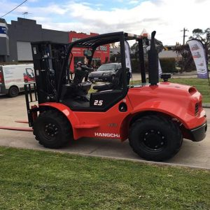 2.5 Ton 4- Wheel Rough Terrain Forklift