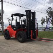 2-5-ton-4-wheel-rough-terrain-forklift
