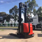 1.4 Ton Electric Stacker