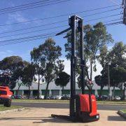 1.4 Ton Electric Stacker